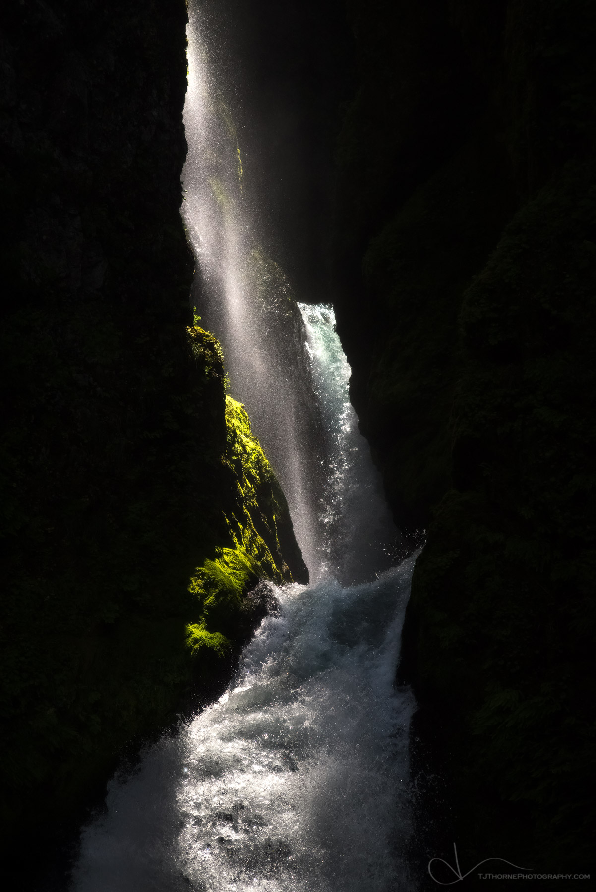 oregon, columbia river gorge, wahclella falls, eagle creek, fire, photo