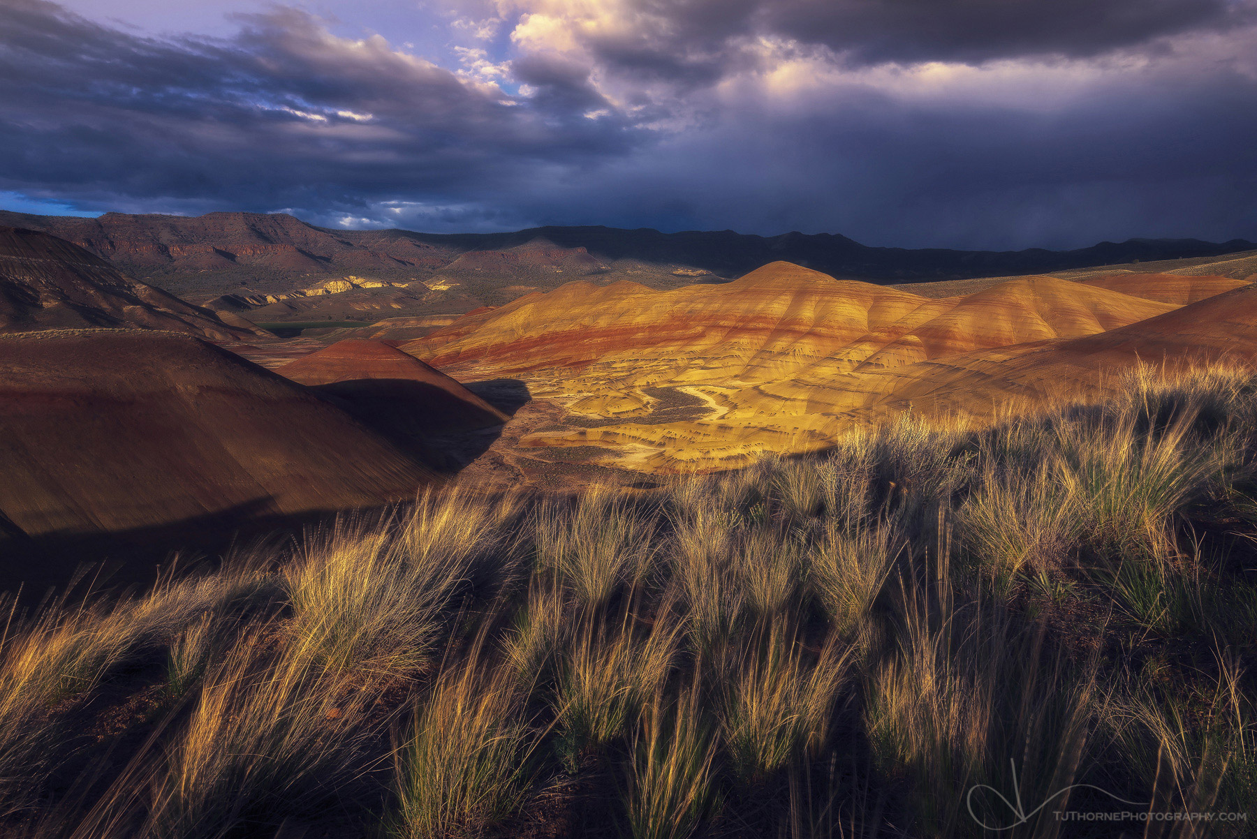 sunset, painted hills, oregon, photo