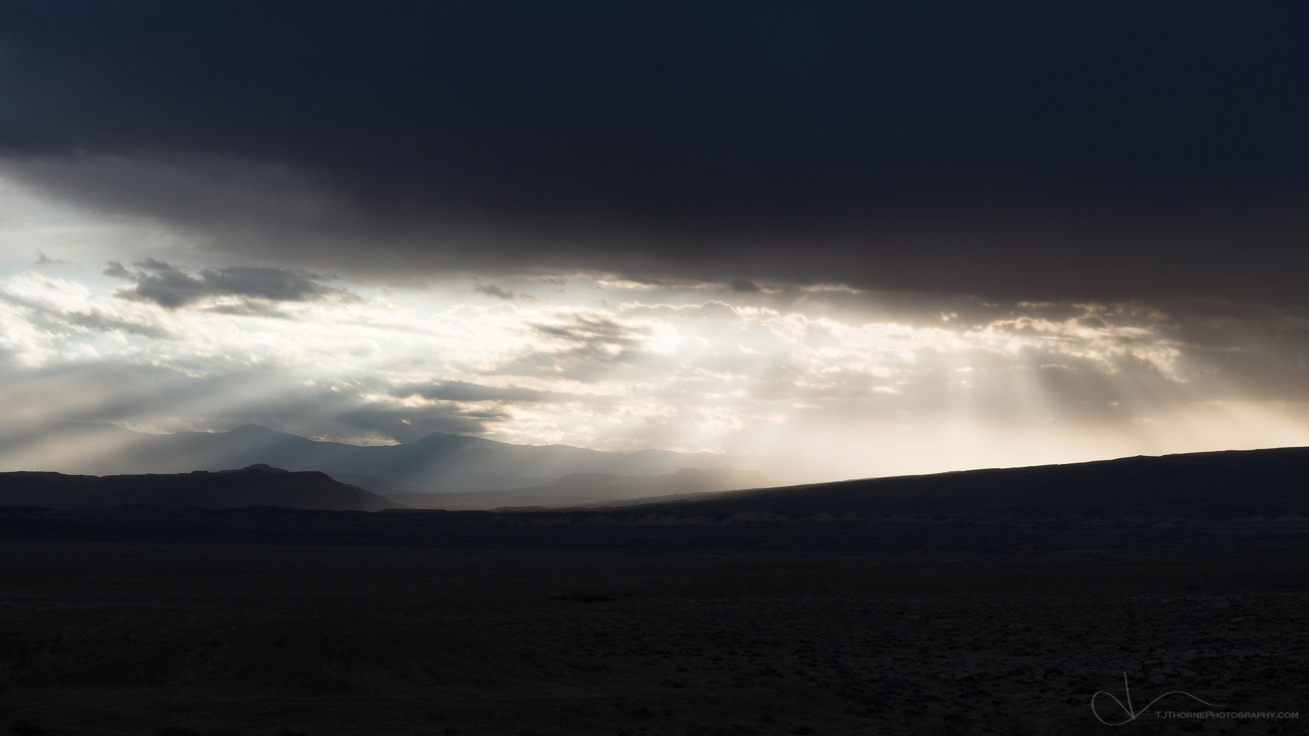 storm, light, clouds, utah, desert, colorado plateau, photo